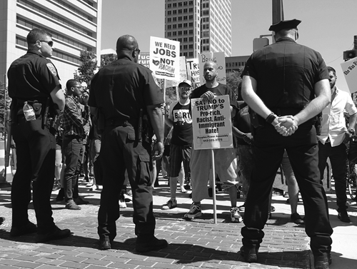 Anti-Trump-Demonstration in Baltimore am  12. November 2016 (Elvert Barnes Protest Photography)
