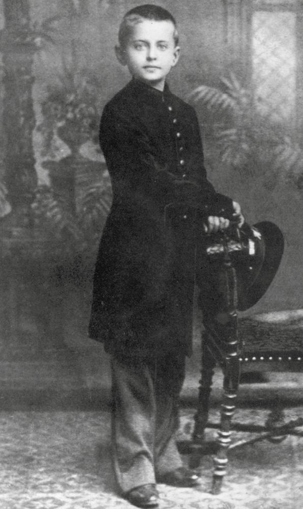 Лев Троцкий в детстве