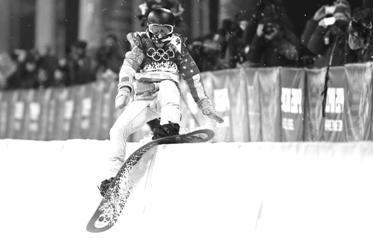 Shaun white falls halfpipe olympics